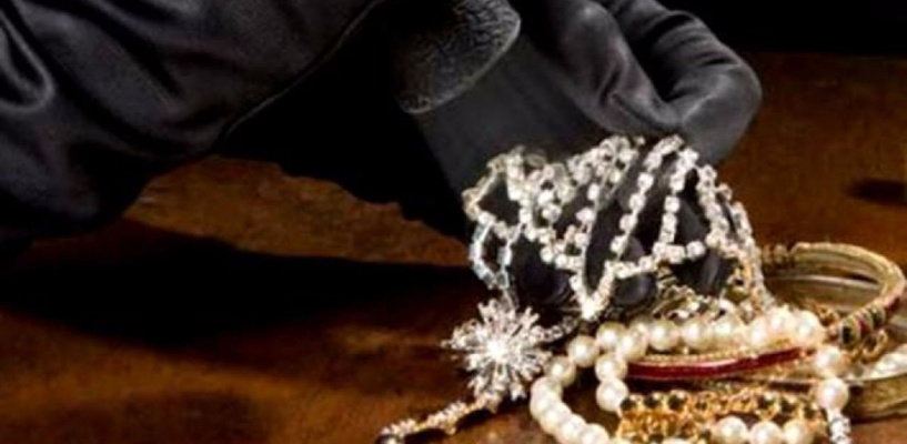Омский ювелир похитил украшения, которые должен был отремонтировать
