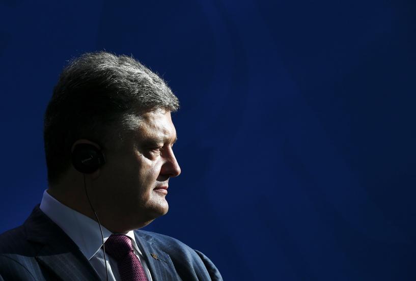 Порошенко: за четыре дня удалось освободить 1200 украинских пленных