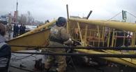 В Интернете появилось видео с моментом падения крана в Омске