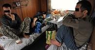В Омской области судят проводников, которые тайно везли гастарбайтеров на верхних полках купе