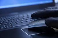 Хакеры, взломавшие «Твиттер» ФАС, пугают власти инсайдом