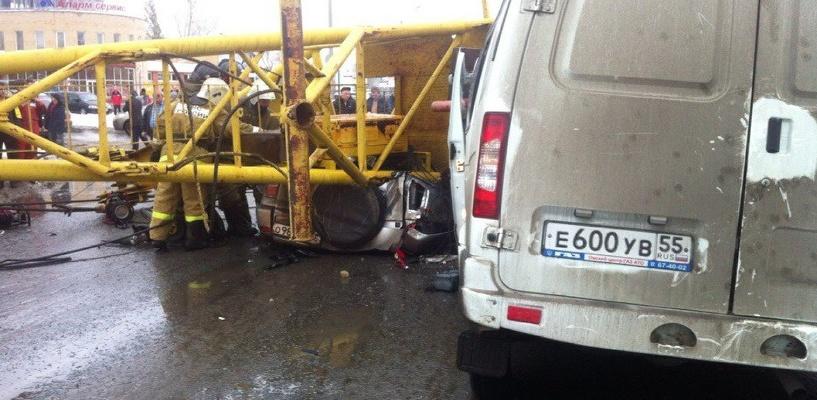 Виновных в трагедии с краном в Омске ищут среди пяти компаний