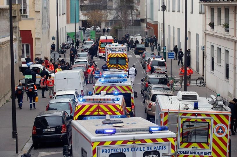 Во Франции вычислили террористов, которые расстреляли редакцию сатирического журнала