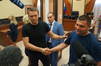 Условный приговор: зачем Путин оставил Навального на свободе?