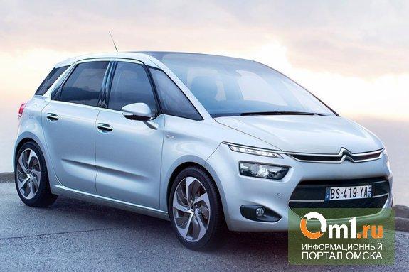 Названы претенденты на звание лучшего автомобиля 2014 года в России