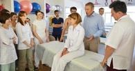 Омск посетил учёный, который вылечил девочку от астмы, восстановив ей кости черепа