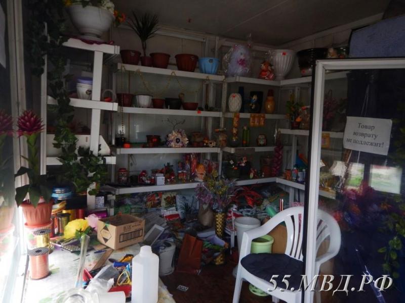 ВГорьковском районе Омской области парень похитил цветы, чтобы подарить ихдевушке