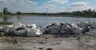 В Омске на берегу Соленого озера неизвестные устроили свалку