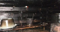 В Омской области из горящей бани спасли трех человек