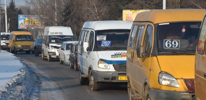 Обзор ситуации на дорогах в Омске: ДТП на Конева и затор на Лукашевича