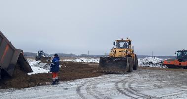 В Омской области подрядчики рискуют не успеть отремонтировать дороги до конца года