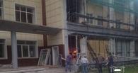 У ОмГТУ начался пожар: загорелся мусор