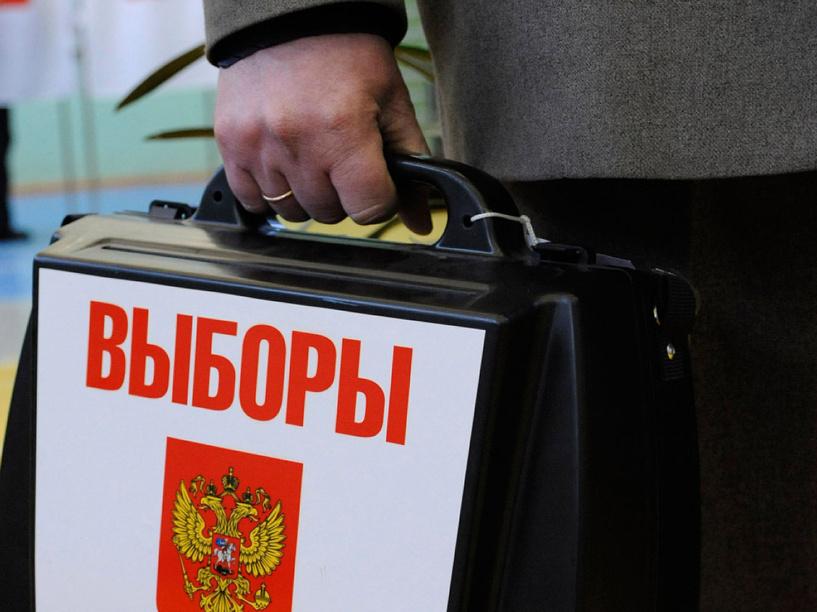 Кто чем машет в преддверии омских выборов?