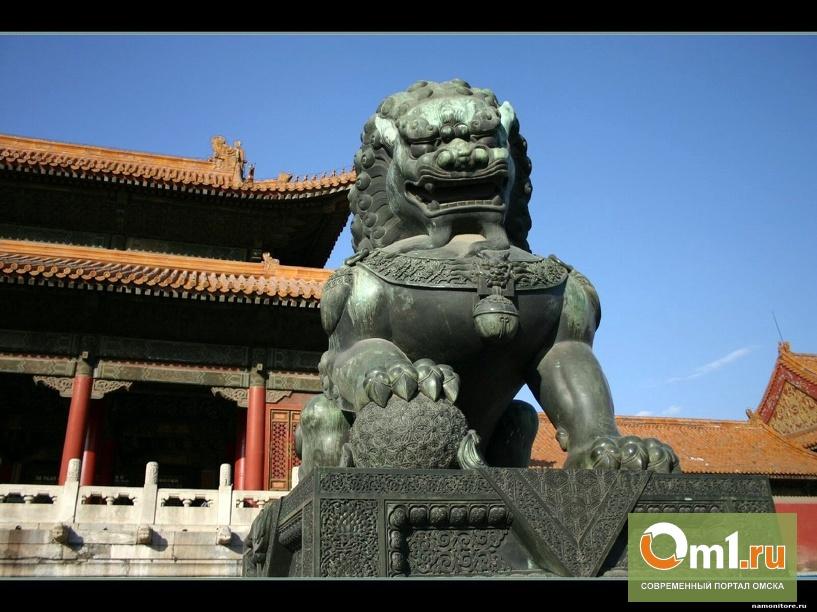 В Омске неизвестные стащили статую льва у ТК «Миллениум»