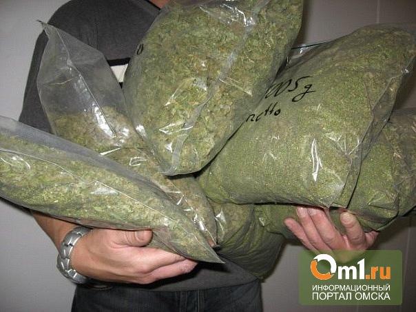 За первую неделю нового года омские наркополицейские изъяли 15 кг дурмана