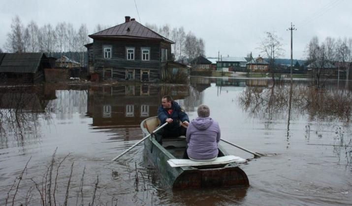Омичей просят помочь пострадавшим от паводка северным районам