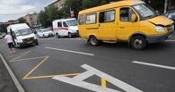 В Омске на переходе маршрутка сбила женщину