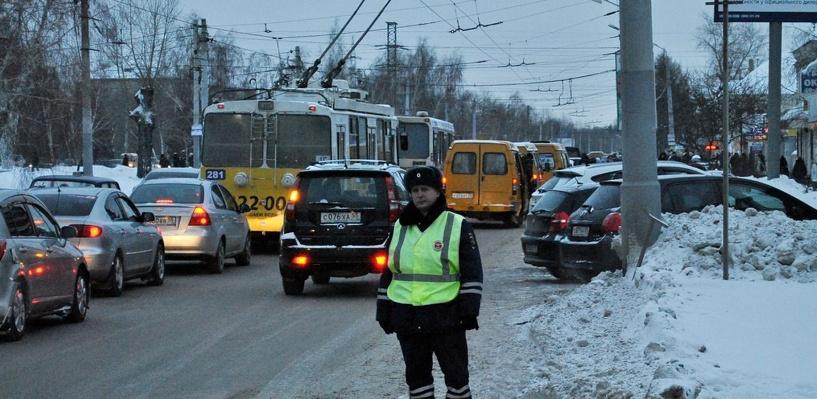 Шесть баллов в Омске: дорожные работы на Жукова и ДТП на Лукашевича