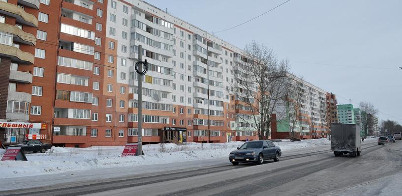 В Омске открыли движение по новому участку на улице Завертяева