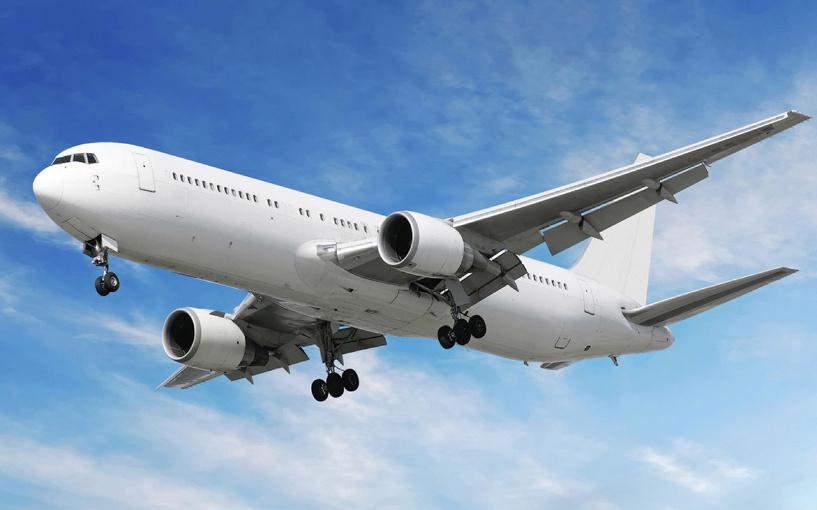 Самолет из Анталии не долетел до Новосибирска, а приземлился в Омске