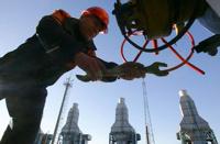 Россия подняла цену на газ для Белоруссии на 12 долларов