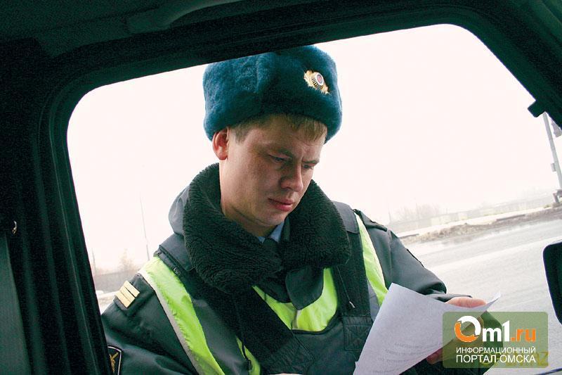 В Омске неизвестный напал на водителя и угнал его машину