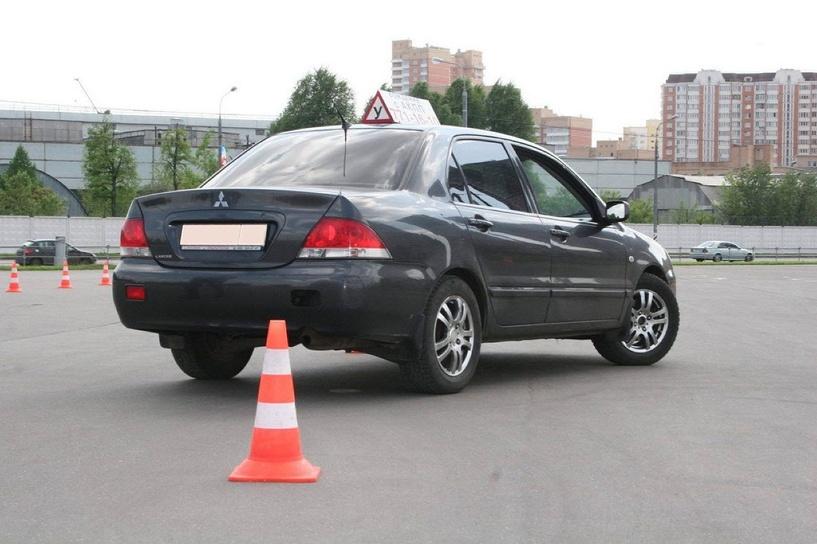 В Омске откроют федеральный центр подготовки автоинструкторов