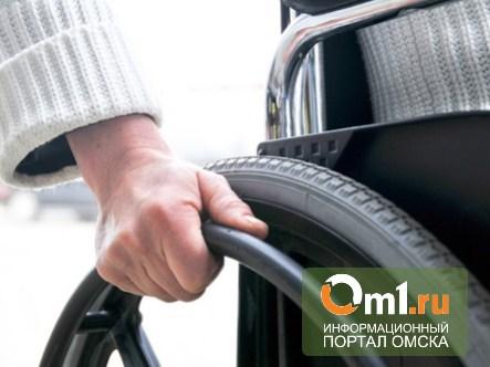 В квартирах омских инвалидов-колясочников расширят дверные проемы