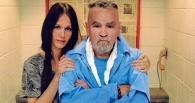 Совет да любовь: серийному убийце Чарльзу Мэнсону разрешили жениться на поклоннице