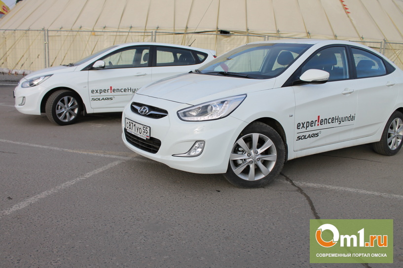 Hyundai Solaris: sedan vs hatchback