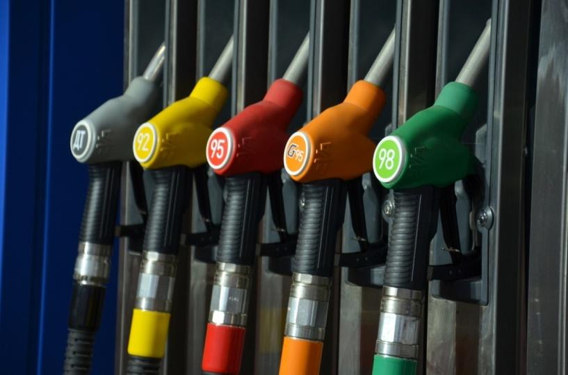 Актуальные цены на бензин в Омске: снова без изменений