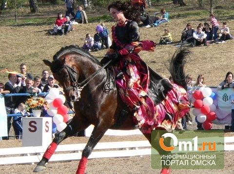 Юные жокеи покажут омичам танцы на лошадях и бег с препятствиями