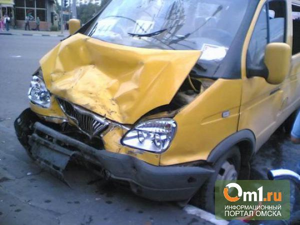 В Омской области на трассе «Газель» столкнулась с легковушкой