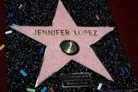 Дженнифер Лопес обзавелась собственной звездой на Аллее славы