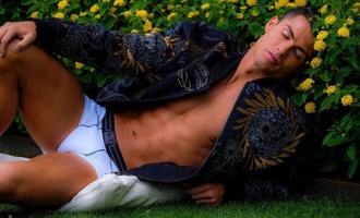 Футболист Криштиану Роналду заявил, что он гей, но зато у него полно денег
