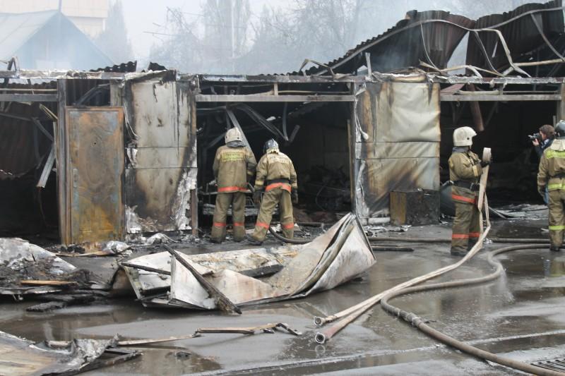 Сгорело СТО на Муромцева в Омске (Обновлено)