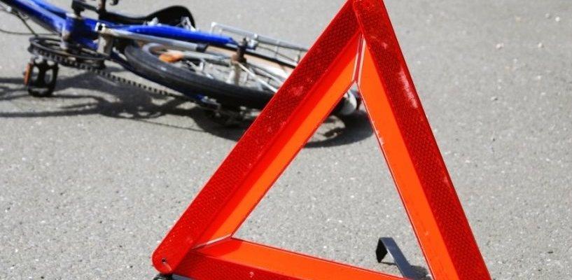 Под Омском водитель сбил женщину с ребенком, которые ехали на велосипеде