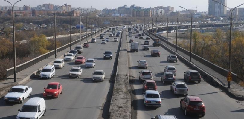 Омский бизнесмен предрек Фрунзенскому мосту разрушение в ближайшее время