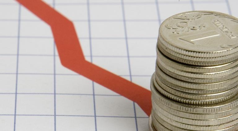 Курс валют: на открытии торгов рубль снова упал к доллару и евро