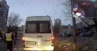 Омские полицейские поймали пьяного водителя маршрутки