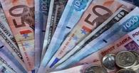 Курс валют: доллар стабилен, евро растет