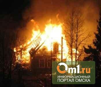 В Омске по вине 6-летнего мальчика сгорела квартира