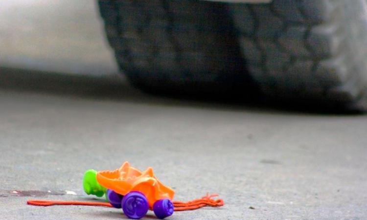 В центре Омска сбили 10-летнюю девочку