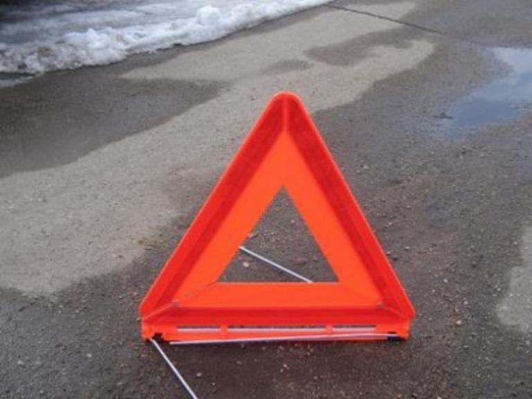 Трехлетний мальчик попал под колеса иномарки в Октябрьском округе Омска