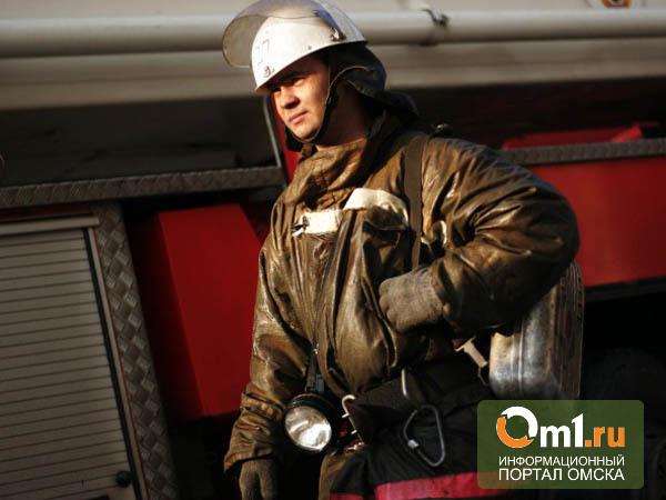 Под Омском на пожаре в бараке погибло двое мужчин