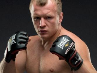 Омич Александр Шлеменко в третий раз стал чемпионом Bellator