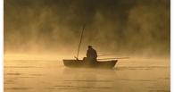 В Омской области в середине озера утонул рыбак