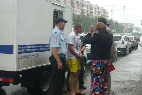 В Омске будут судить таксиста, который убил директора компании «Живая вода»