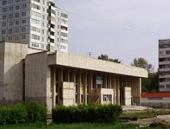 Первомайский кинотеатр в Омске оказался никому не нужным