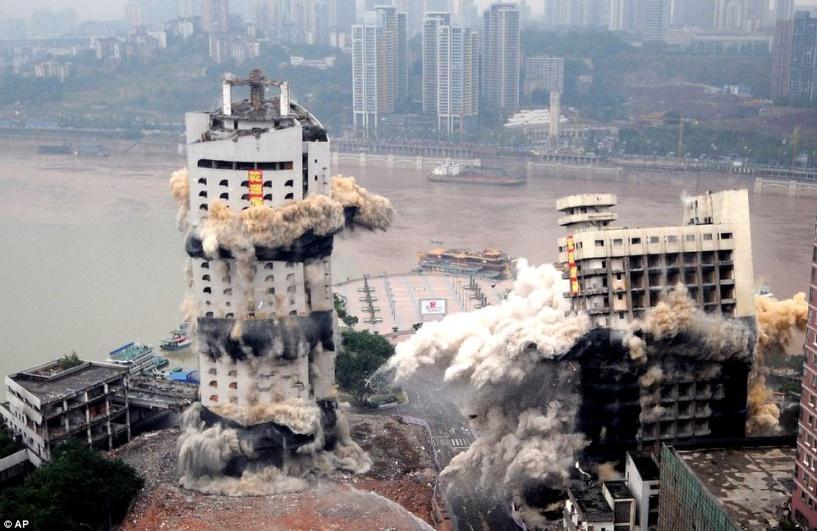 В Китае бывший мэр снес 5-звездочный отель из-за фэн-шуя